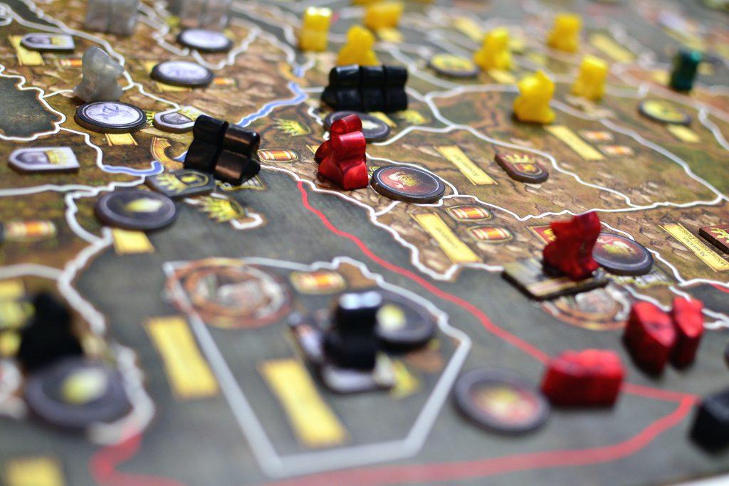 Komplexe Brettspiele aus Sicht der Ludologie die Grundlage für digitale Spiele